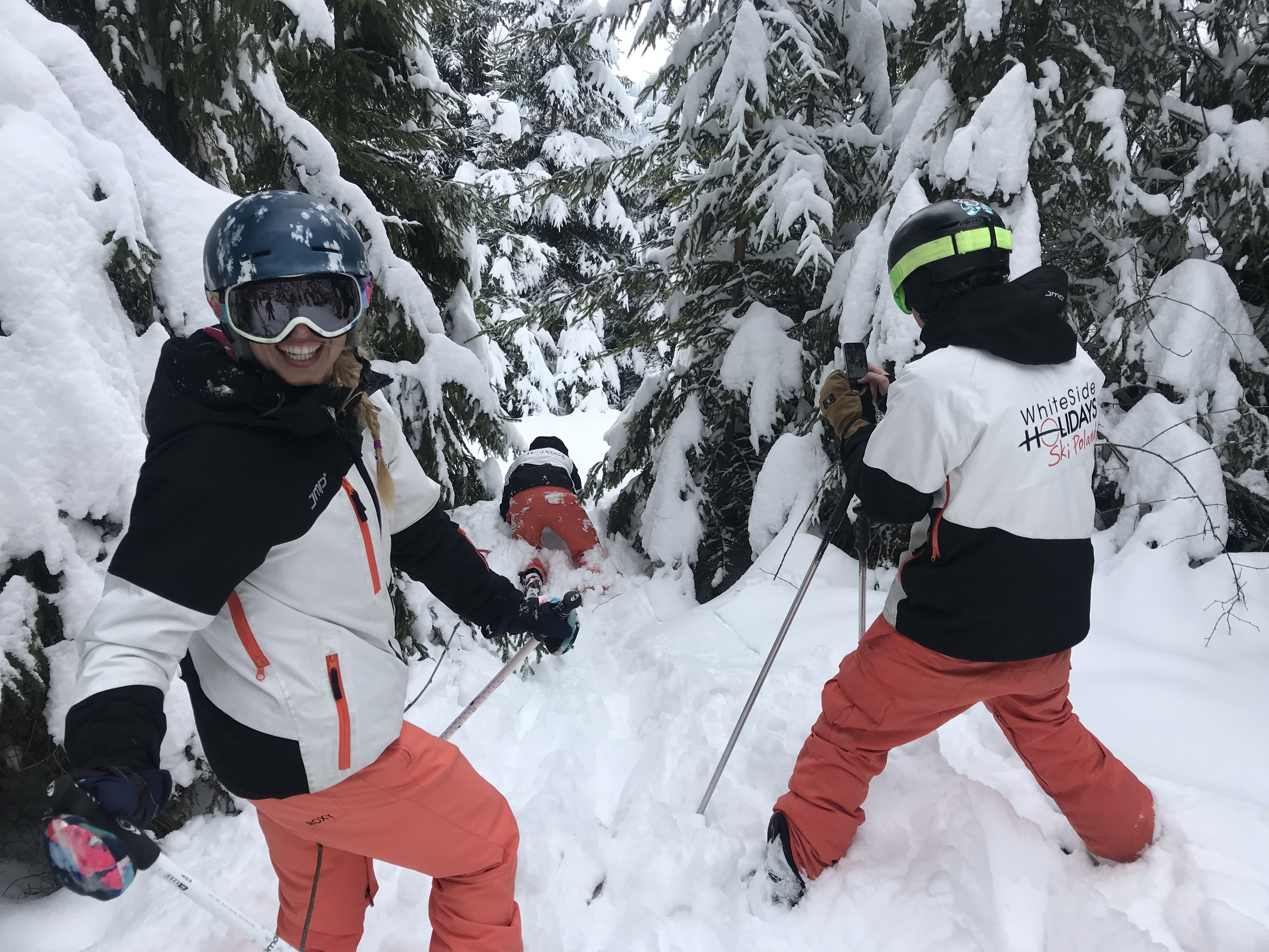 Some lunch time skiing fun in Zakopane with our instructors